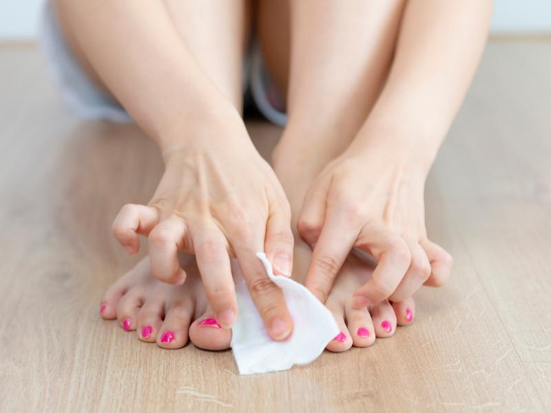 how to remove semi permanent nail polish at home